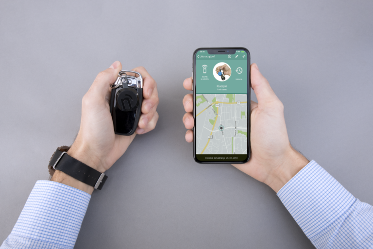What is a bluetooth tracker and how it can be used for tracking a lost item far away