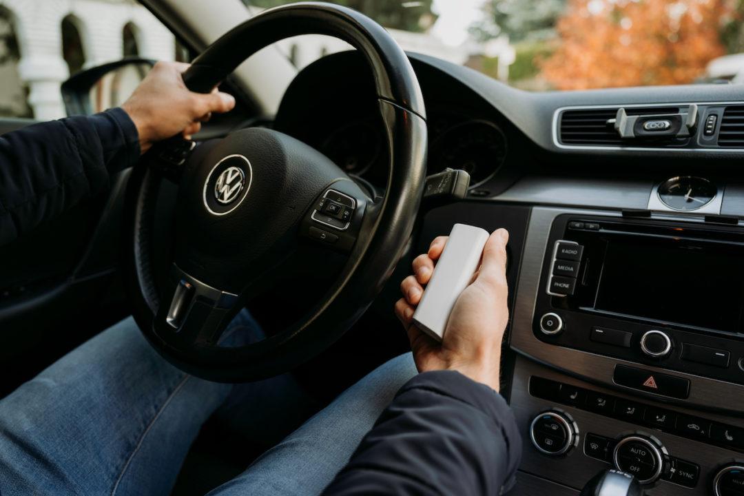 lokalizator NotiOne GPS zabezpiecza samochód